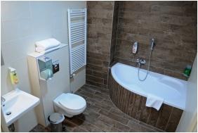 Hotel Median, Bathroom - Hajdunanas