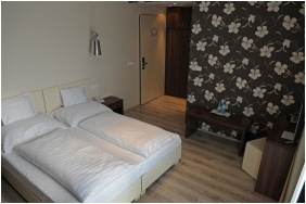 Hotel Median, Classic room - Hajdunanas