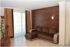 Hotel Median, Comfort family room - Hajdunanas