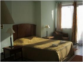 Hotel Merid, Zamárdi,