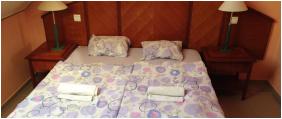 - Hotel Merid