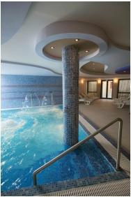 Adventure pool, Hotel Millennium, Pecs