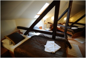 Comfort családi szoba, Hotel Minaret, Eger