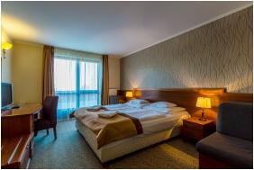 Kétágyas szoba pótággyal, Hotel Narád & Park, Mátraszentimre