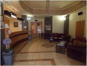 Hotel Neğy Evszak, Receptıon
