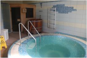 Hotel Negy Evszak,