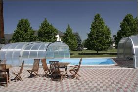 Hotel Ovit, Keszthely, Outside pool