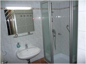 Shower - Hotel Ovit