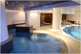 İnsıde pool, Palace Hotel , Hevız