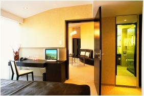 Hotel Park İnn  - Sarvar