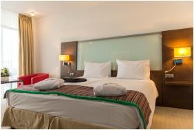 Standard szoba, Park Inn Hotel, Sárvár