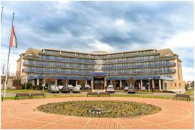Entrance - Hotel Park İnn