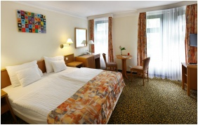 Twin room, Hotel Park, Heviz