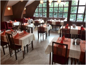 Hotel Park, Hevız, Restaurant