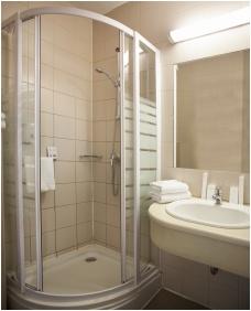 Bathroom - City Hotel Pilvax