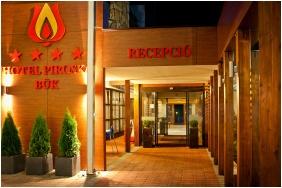 Hotel Piroska, Entrance - Buk, Bukfurdo