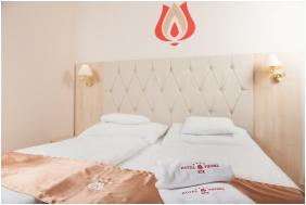 Hotel Piroska, Kétágyas szoba