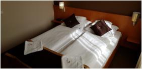 Hotel Platán Székesfehérvár, Székesfehérvár,