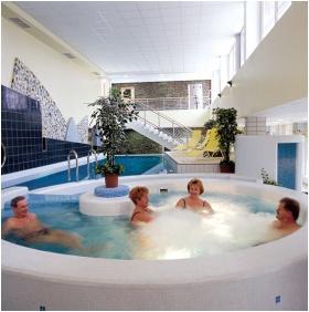 Inside pool, Hunguest Hotel Repce, Buk, Bukfurdo