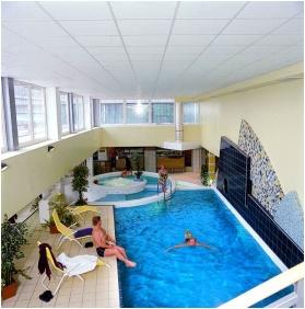 Hunguest Hotel Repce, Buk, Bukfurdo, Inside pool