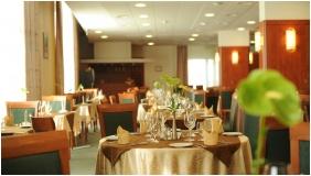 Hunguest Hotel Repce Gold, Restaurant