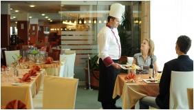 Hunguest Hotel Répce Gold, Étterem