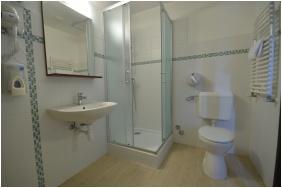 Hotel Revesz, Bathroom
