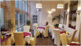 Romantik Hotel, Eger, �tterem