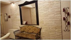 Reception area, Hotel Romantik, Eger