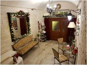 Hotel Romantik, Eger, In the winter