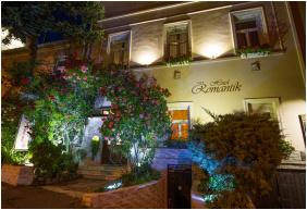 Hotel Romantik - Eger, Intrare