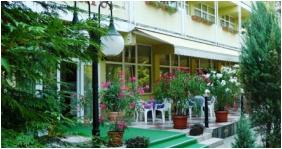 Hotel Nostra,