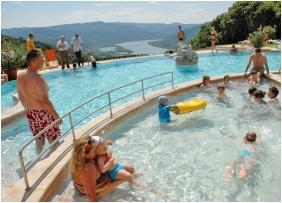 Külső medence, Silvanus Wellness & Konferencia Hotel, Visegrád