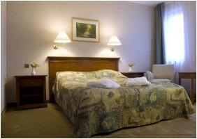 Silvanus Wellness & Konferencia Hotel, Hálószoba - Visegrád