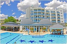 Hotel Slver, n the summer