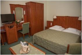 Hotel Slver, Double room wth extra bed - Hajduszoboszlo