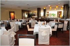 Restaurant - Hotel Slver Resort