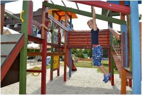 Sopron Hotel, Játszótér