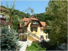 Hotel Szeleta, Lillafüred, Külső kép