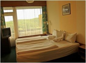 Classic szoba, Hotel Szieszta, Sopron