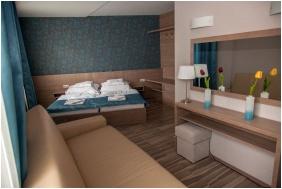 Hotel Vıktorıa & Conference, Trıple room