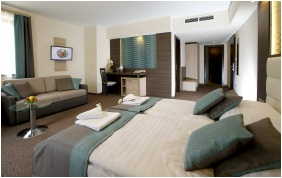 Hotel Villa Volgy, Eger, Family Room
