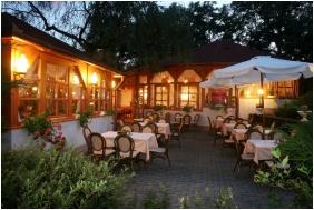 Hotel Villa Völgy, Nyitott terasz