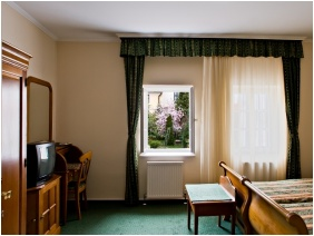 Twin room, Hotel Wollner, Sopron