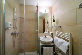 Hotel Yacht Wellness & Business, Bathroom - Siofok