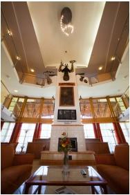 House Hertelendy, Kehidakustany, Lobby