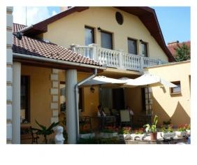 Exterior view, HRC Pension, Hajduszoboszlo
