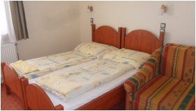Twin room, Hungaria Pension, Miskolctapolca