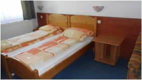 Double room with extra bed - Hungaria Pension