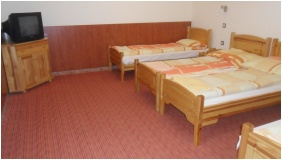 Room for four people, Hungaria Pension, Miskolctapolca